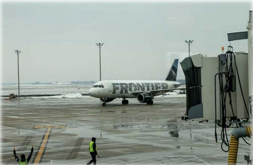 Ford Airport Welcomes First Frontier Flight from Phoenix-Sky Harbor