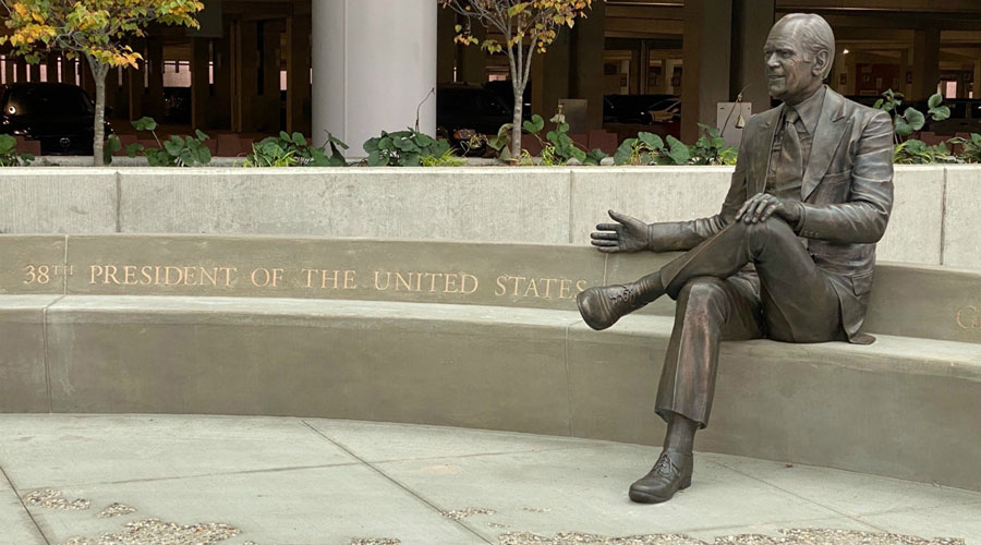 Ford Airport Unveils Statue of Pres. Ford, Dedicates Plaza in His Honor
